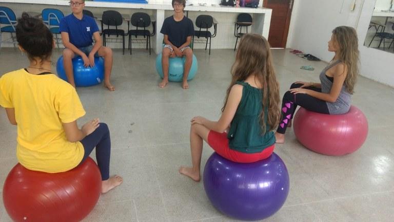 Atendimento Escola de Posturas. Grupo_de_adolescentes_2018_ Imagem: foto disponível no SIGAA UFPB